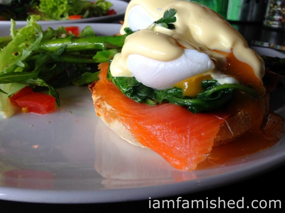 Salmon Florentine (close up shot)