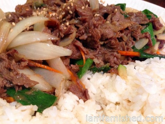 Bul Go Gi Dubbab (beef & mixed vegetables with korean B.B.Q. sauce on rice)