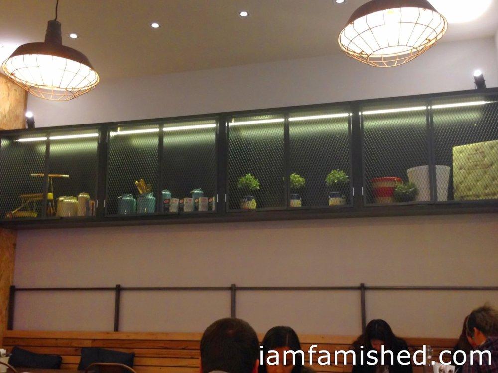 Miam Miam Restaurant (2/4)